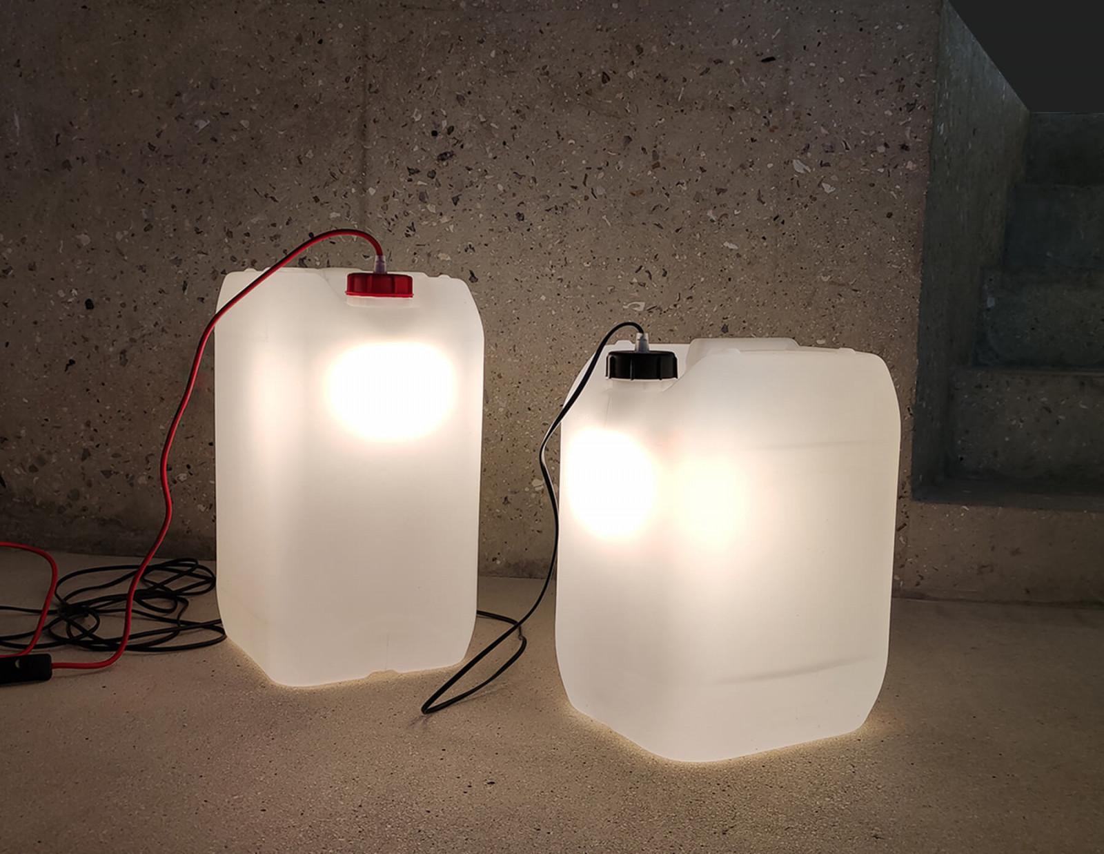graam-jerry-mobilier-luminaires-jerricans-bidons-reemploi
