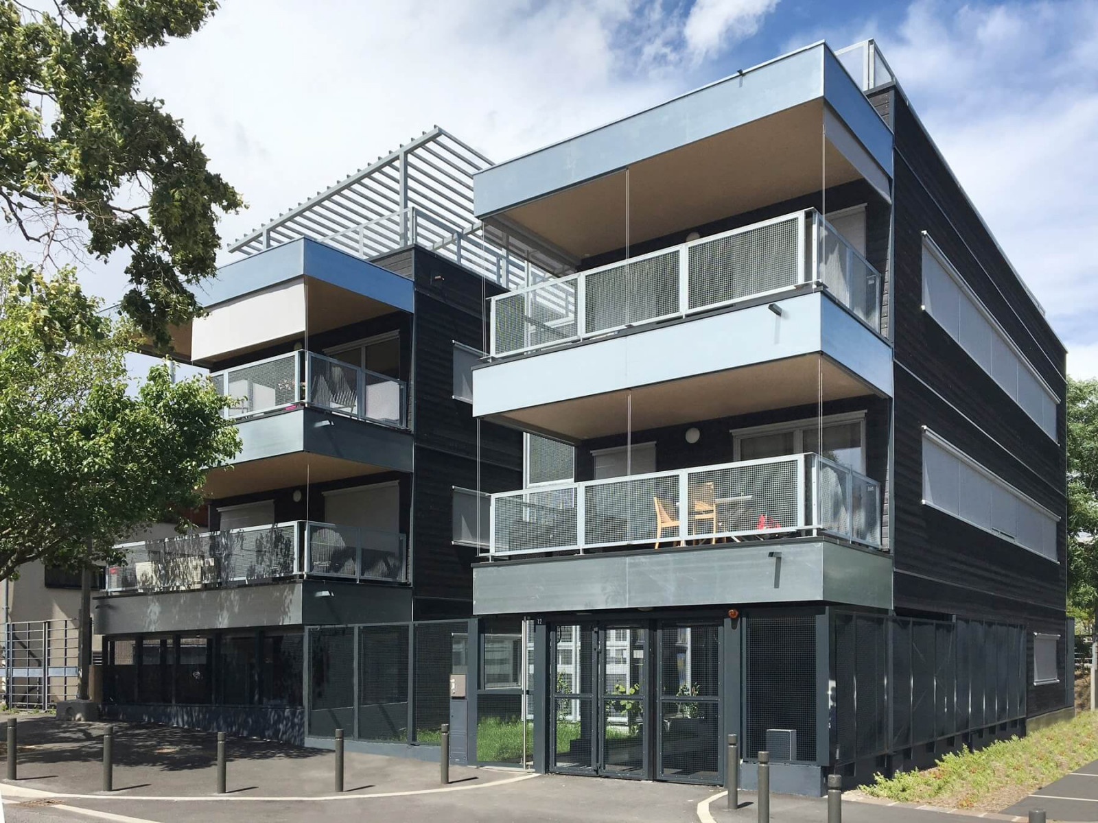 graam-vilmorin-01-logements-massy-exterieur-rue-balcons
